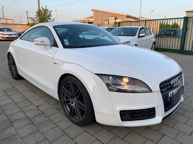 Audi Audi TT II 2.0 TDI 170ch DPF S line quattro