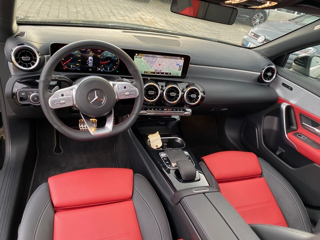 Mercedes-Benz Mercedes-Benz Classe A A250 225ch Amg Line - 7G-DCT